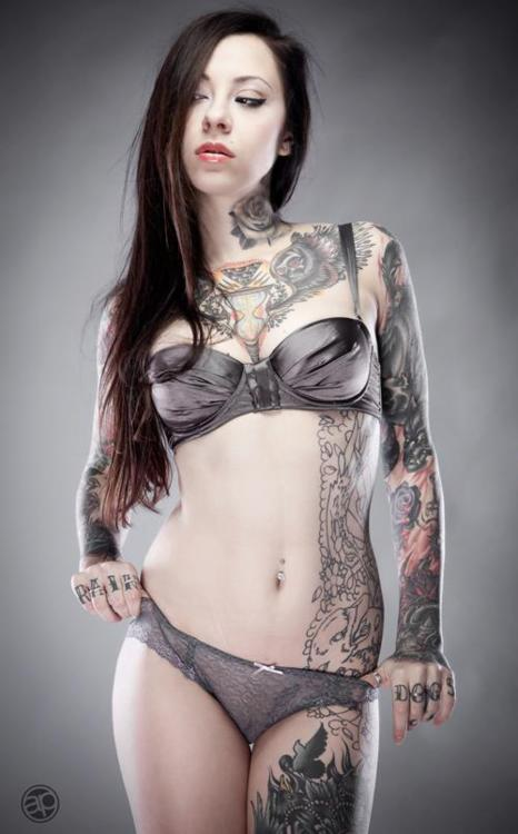 Tattoo-Girl-2471