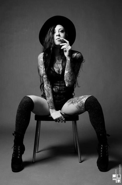 Tattoo-Girl-2478