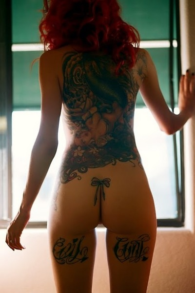 Tattooed Women 954