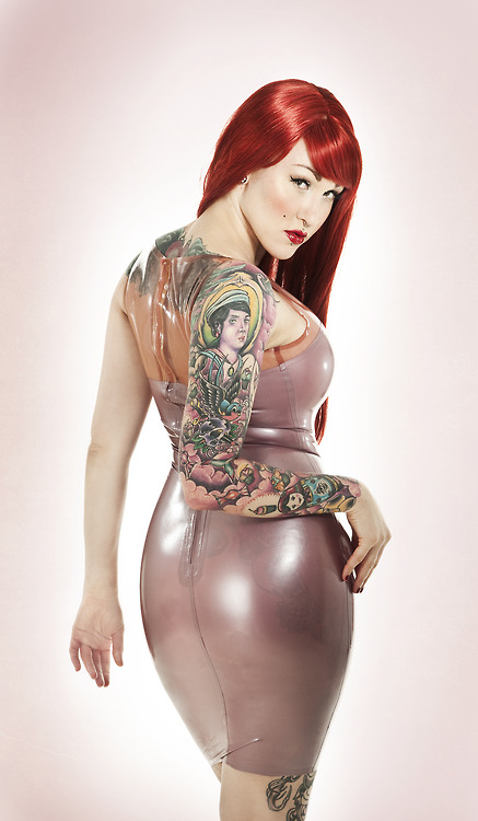 Tattoos Girls 210